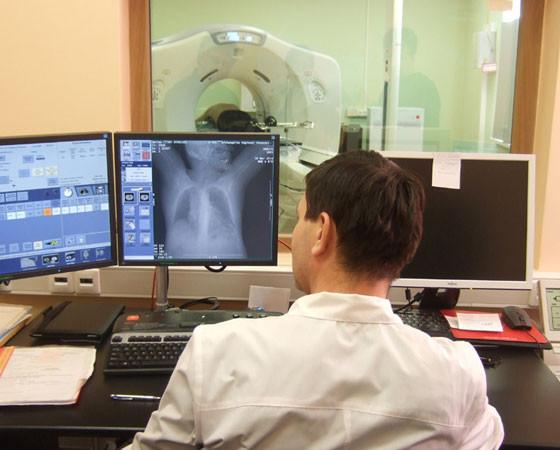 Такой специализированный компьютерный томограф единственный в области. Фото автора