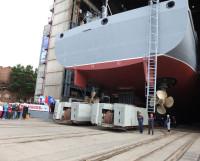 Основные технические характеристики «Академика Ковалёва»: длина — 107,6 м, наибольшая ширина — 17,8 м, полное водоизмещение — 6300 тонн, экипаж —  60 человек. Судно способно принимать вертолёты морского базирования. Фото Владимира Бербенца