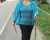 Татьяна Палешева — единственный инструктор по скандинавской ходьбе в нашем городе. Фото Анны Феликсовой