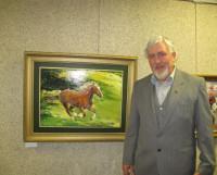 Г. Садомовский с одной из любимых картин «Кобылица». Фото автора