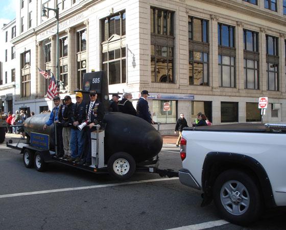Ветераны-подводники на параде. Фото автора