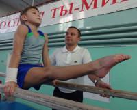 С прицелом на будущее: в свои восемь лет Влад Осипов уже имеет третий взрослый спортивный разряд. Фото автора