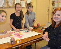 Виктория Нечаева: «На занятиях в «Funny Bunny» дети учатся актёрскому мастерству, играя». Фото Елены Никитиной