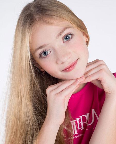 …и «Мисс фото» Софья Вакарина... Фото Анастасии Большаковой