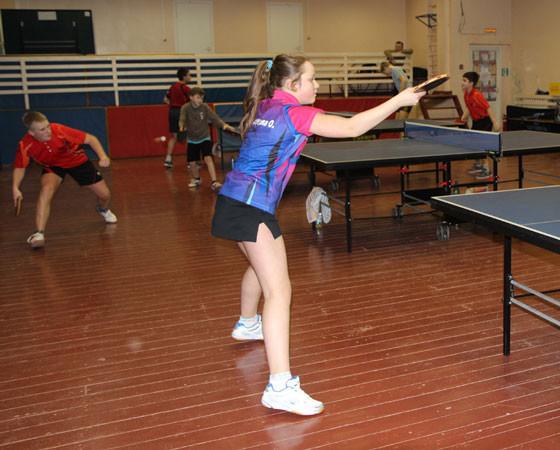 Тренировки  в  центре  настольного  тенниса  идут  каждый  день,  а  в  выходные  здесь  проходят  и  соревнования. Фото Елены Никитиной