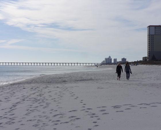Пенсакола-бич — один из лучших пляжей Америки. Фото Екатерины Курзенёвой