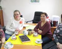 Слева направо: педагоги ДМШ № 36 Е. Серова, М. Попова, И. Ульмасова, С. Белорукова. Фото Галины Чарупы