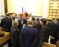 В кулуарах сессии облсобрания. Фото Андрея Мирошникова