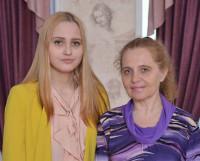 Даша с наставницей Ниной Александровной Акуловской. Фото из архива гимназии