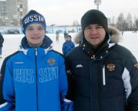 Спустя более чем 20 лет Саша Захаров перекрыл достижение своего отца Алексея Захарова, выиграв юношеское первенство мира по хоккею с мячом. Фото из семейного архива Алексея Захарова
