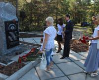 Памятник ликвидаторам, установленный на Ягринском мемориале, должен объединять самих чернобыльцев. И не давать другим забыть о подвиге их товарищей. Фото из архива редакции