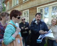 Экскурсоводом для сотрудников нашей газеты и компании ГТРК стал корреспондент «СР» Станислав Зелянин.