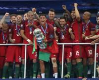 Победители чемпионата Европы-2016 по футболу — сборная Португалии. Фото с сайта m24.ru