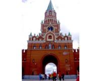 Это не Москва, это Благовещенская башня Йошкар-Олы! Открыта 24 июня 2011 года.