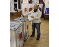 В последние годы активность избирателей на голосовании оставляет желать лучшего. Фото Владимира Тикуса