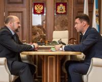 Игорь Орлов предложил ввести двухлетний мораторий на региональные внеплановые проверки малого и среднего бизнеса. Фото пресс-службы правительства региона