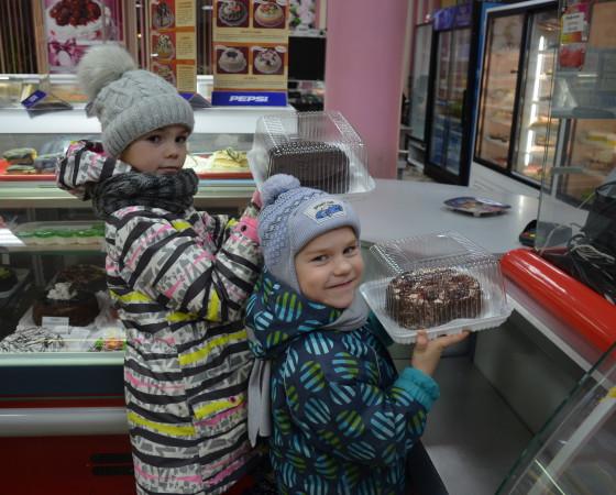 Новые торты — подарок всем сладкоежкам. Фото Елены Никитиной