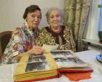 Евдокия Ивановна с дочерью. Фото автора