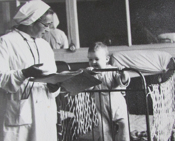 Юные пациенты белого халата Симы Соломоновны не боялись: малыши чувствовали, что их она любит больше всего. Фото из архива детской больницы