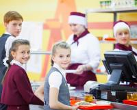 Комбинат школьного питания предлагает родителям поделиться идеями, как сделать обеды детей ещё вкуснее. Фото из архива КШП