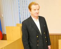 Пенсионер Станислав Кожевников своими судебными тяжбами известен на весь город. Фото из архива редакции