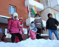 Больше всего индийцам в Северодвинске нравится снег. Снежки, коньки, лыжи — всё это они попробовали впервые. Фото автора