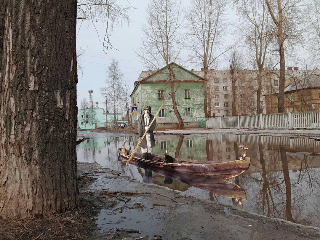 За броднями и лодками?