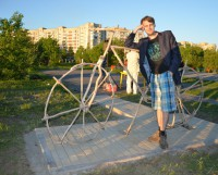 Памятник велосипеду придумал Кирилл Гурьев и воплотил свою идею в жизнь. Фото Елены Никитиной