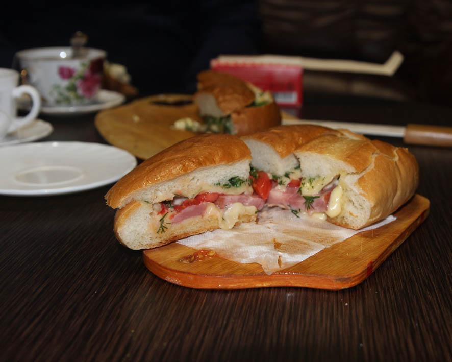 Утро с бутербродом. Закрытым ►►