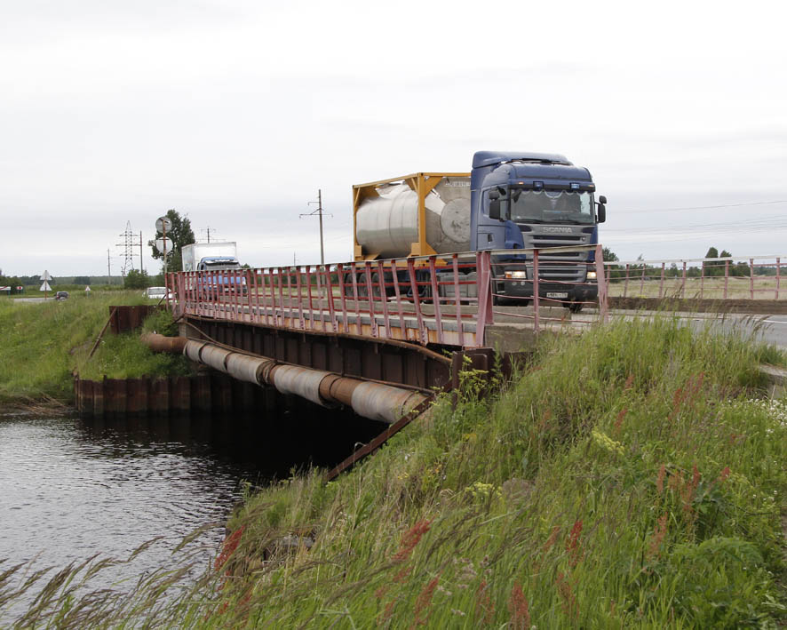 Кудемкий мост: аж щепки летят!