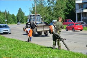 С ремонтом дорог в этом году город справился неплохо. Яркий тому пример — дорога по бульвару Строителей.