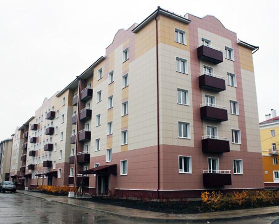 Строительство социального дома 36 по ул. Ломоносова для городского бюджета  обошлось примерно в 200 млн руб.