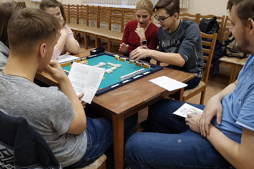 В библиотеку — поиграть!