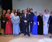 Благодаря пе-дагогам ДМШ № 36 коллектив гостиной «Елена» пополнился новыми голосами и новыми  музыкальными инструментами.