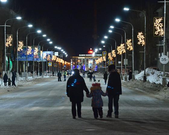 Новогодний променад по проспекту Ленина.