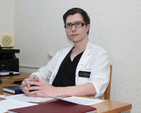 Врач-нейрохирург Михаил Плылов.