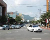 На улицах Йосу автомашины, как правило, светлой расцветки — для отражения лучей палящего солнца.