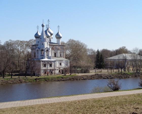 Храм святителя Иоанна Златоуста — одна из самых древних каменных построек на территории Вологды.