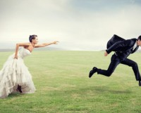 Woman holds man wants to escape from marriage