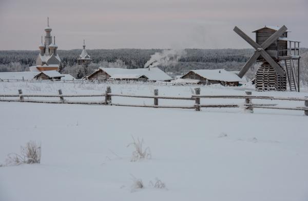 Славится Кимжа и мельницами, самыми северными в мире.
