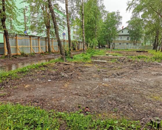 На месте снесённого дома 36/30 по ул. Полярной к осени 2021 года построят новый.