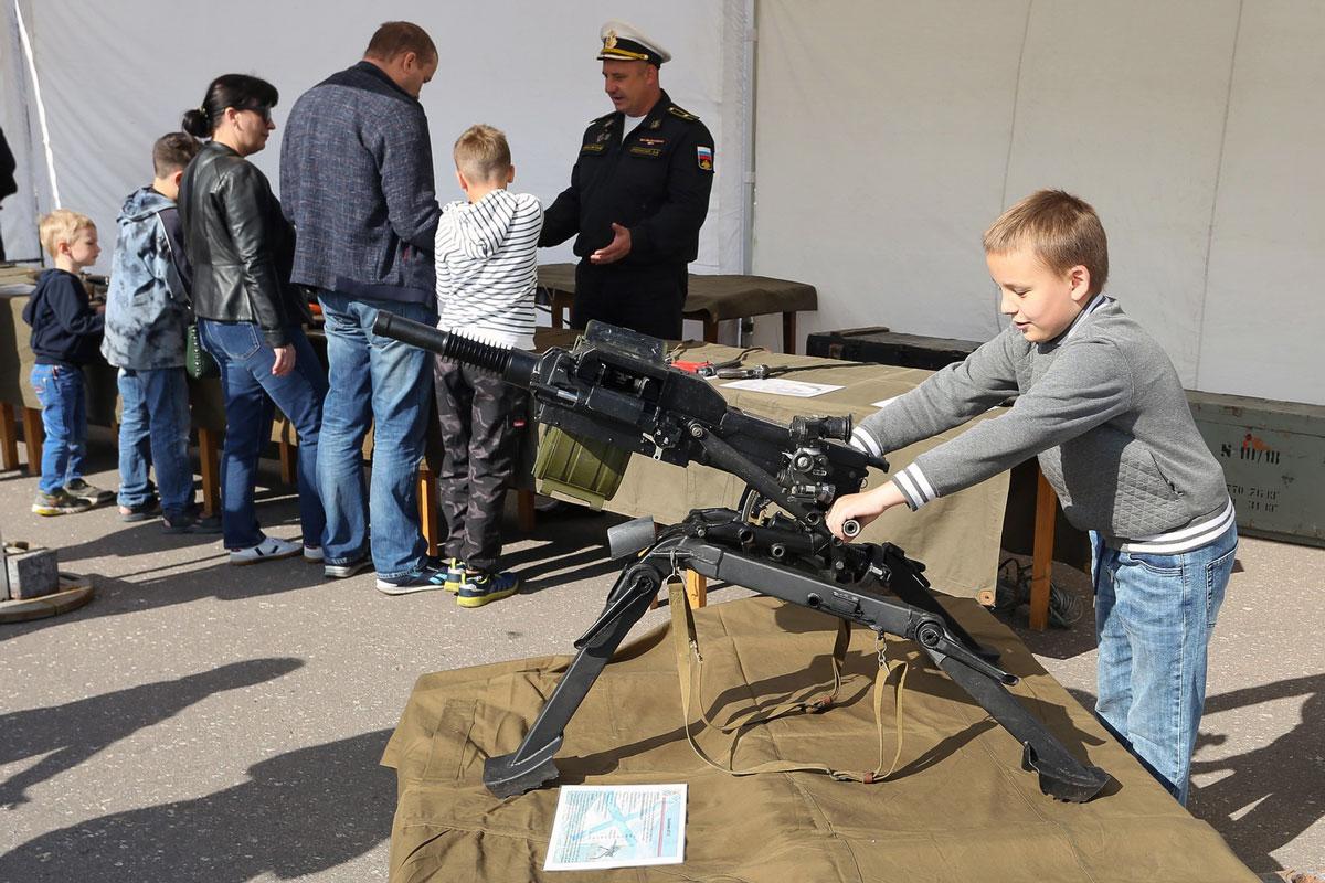 Вчесть юбилея — выставка вооружения